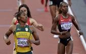 北京时间8月10日,2012年伦敦奥运会女子800米半决赛第二组,南非选手卡斯特-塞门娅、俄罗斯选手...