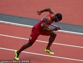 当地时间2012年8月9日,伦敦奥运会田径男子4X400米接力预赛。美国选手曼特奥-米切尔(Mant...