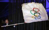 伦敦奥运闭幕式第七幕:会旗成功交接 奥运会开始进入里约周期。更多奥运视频>> 更多奥运图片>>
