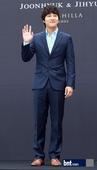 搜狐韩娱讯 4月13日下午6点,韩国演员全智贤在首尔奖忠洞新罗酒店与崔俊赫举行婚礼,包括原经纪公司s...