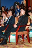 """搜狐娱乐讯(Lily/文 王行方/图)5月23日下午,2013""""碧海金沙Y-POP音乐派对""""在上海市..."""