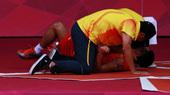 北京时间8月5日晚,2012年伦敦奥运会羽毛球男子单打的决赛激情上演,中国选手林丹在首盘落败的情况下...