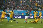 北京时间2014年6月14日0时,2014年巴西世界杯A组第二场比赛在纳塔尔沙丘体育场进行,对阵双方...