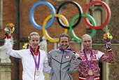 北京时间8月1日19点30分,奥运会女子公路个人计时赛决赛结束。结果美国选手克里斯汀-阿姆斯特朗以3...