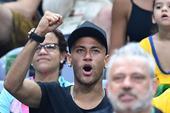 2016年8月22日,巴西,2016里约奥运会男排金牌赛,意大利对阵巴西。刚刚率领巴西国奥夺得奥运男...