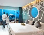 每个人小时候都有过海底世界的梦。盘点全球超级梦幻的水下旅馆,让你有机会可以在鱼群和珊瑚丛中酣睡,在海...