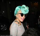 2012年6月17日讯,悉尼,当地时间6月17日,Lady Gaga返回酒店。戴Gianfranco...