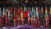 北京时间8月13日,伦敦奥运会闭幕式第五幕,马拉松运动员颁奖仪式举行。更多奥运视频>> 更多奥运图片...