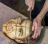 """极富哥特范儿的食品艺术家Annabel de Vetten大胆的用""""NO!""""回答了所有人。萌、可爱、..."""