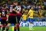 进球回放:克罗斯打空门梅开二度 巴西防线崩溃
