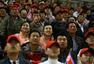 高清:朝鲜助威团观战东亚运男足 美女笑容如花