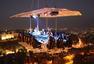 土豪的世界太刺激! 全球八个最惊险餐厅