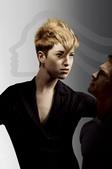 威娜品牌近日于葡萄牙里斯本正式发布威娜专业美发2009年乌托邦之梦、跨越无界限、虚拟化生活和华美之魅...