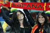北京时间7月8日凌晨2点30分,第19届南非世界杯第二场半决赛在德班马比达球场进行。西班牙队依靠普约...