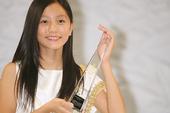 米仓凉子、上户彩等大腕明星辈出的第十二届全日本国民美少女大赛,在8月4日决赛中,年仅十三岁的初一学生...
