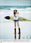 (来源:国际在线)长腿MM车艺莲《Ceci》官网写真出炉了,蓝天白云海滩,引人入胜。  车艺莲19...