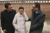 搜狐娱乐讯 北京台做为出品方之一的电视剧《你是我的兄弟》,目前正在京郊热拍――该剧既是董洁生子后的荧...