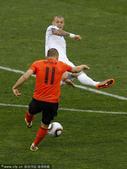 北京时间6月28日22点,第19届南非世界杯将展开第五场1/8决赛争夺。荷兰队将在德班马比达球场与斯...