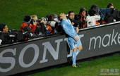在今天凌晨进行的南非世界杯三四名决赛中,乌拉圭2-3惜败德国,最终获得第四名。锋线老将弗兰本场比赛帮...