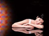 张曼玉唯美写真,尽展性感魅力。