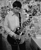 这些照片出自一本由Oasis乐队前摄影师Paul Slattery刚刚发行的图册,叫作《Oasis:...