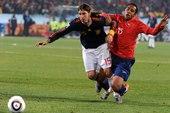 北京时间6月26日2点30分,世界杯H组,智利对西班牙的比赛在南非比勒陀利亚体育场举行。上半场西班牙...