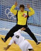 8月16日,男子手球预赛在奥体中心体育馆进行,埃及22-24不敌韩国。