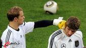 2010年7月6日,2010年南非世界杯,德国队备战与西班牙进行的半决赛。德意志战车再一次冲击世界杯...