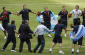 8月23日,奥运会男子足球决赛,阿根廷1-0战胜尼日利亚,获得金牌。