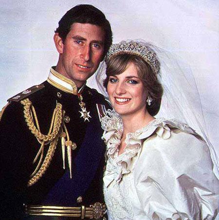 年查尔斯王子和戴安娜王妃婚礼